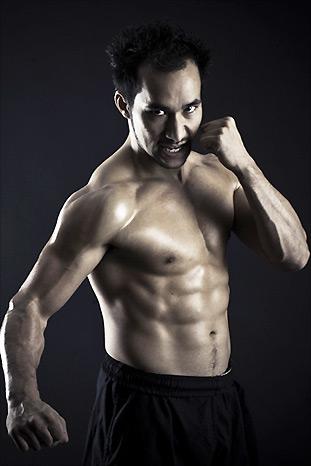 Tim Man fight pose