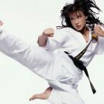 Cynthia Rothrock teaches self-defence