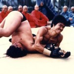Bruce Lee crucifix arm bar on Sammo Hung in Enter The Dragon