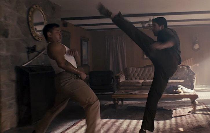 Boon dodges Tillman's spinning kick