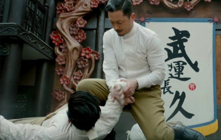 Yamaguchi demonstrates his Jiu Jitsu skills