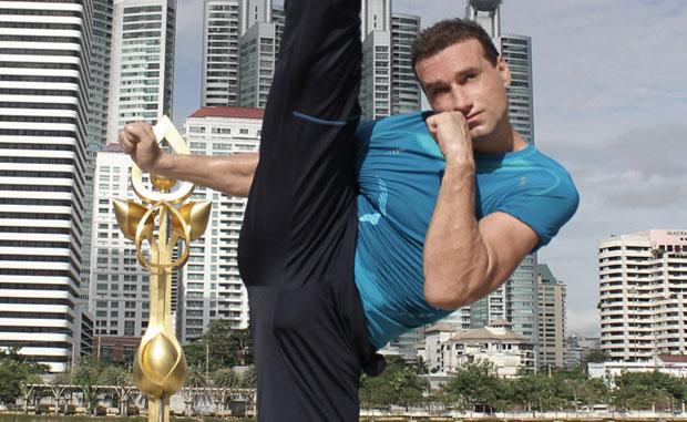Ron Smoorenburg stretching DVD featured image