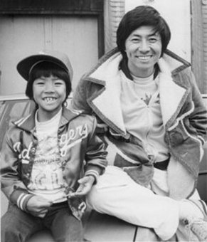 Like father, like son. Kane with renowned Ninja actor father, Sho Kosugi
