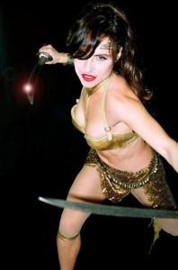 Cecily Fay -blade-fu!