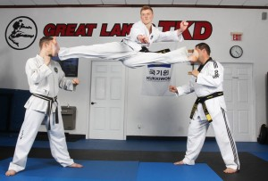 Ginger Ninja's high elevation split kick!