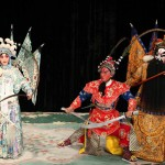 General Wang Wen is taken aback by the skills of the Warrior Women