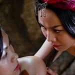 Linh Lan and Kieu Thi get close