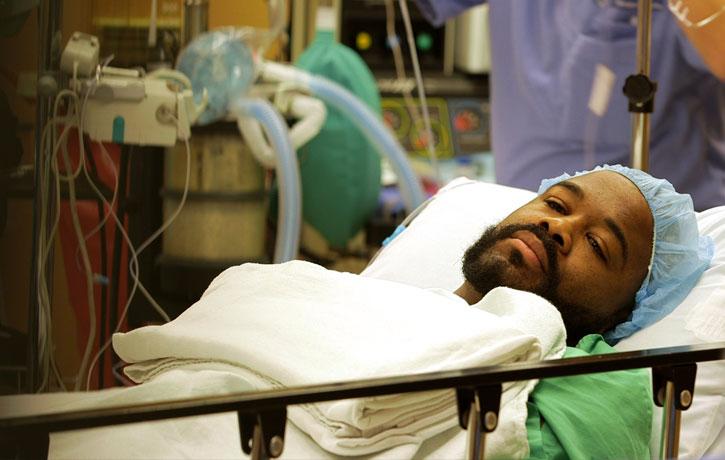 Rashad Evans undegoes knee surgery