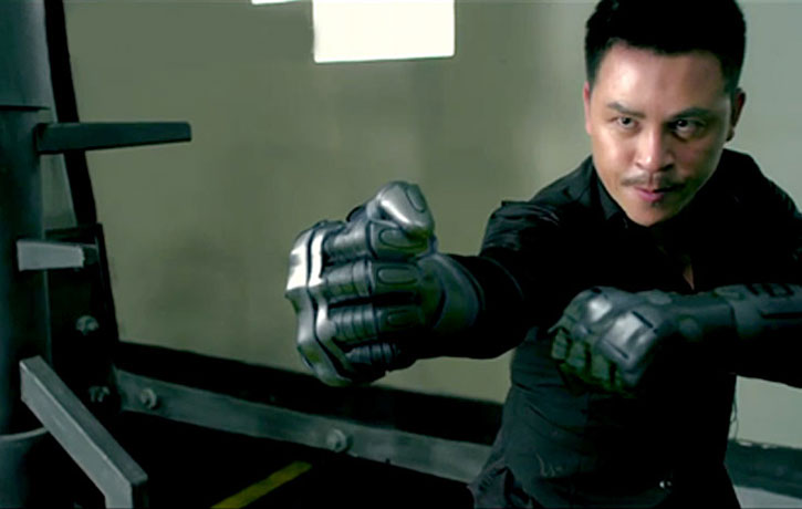 Jiang Li brings metallic gloves to the final battle