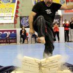 Master De Sabatos rock hard feet