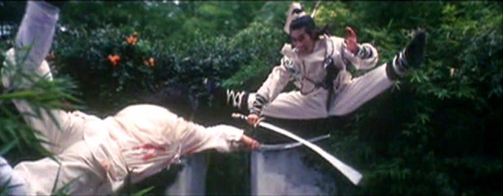 Sun Jian Kui demonstrates his agility