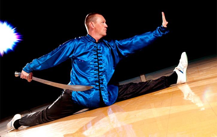 Author Glen Stanway is a practitioner and instructor of Chin Woo Wushu