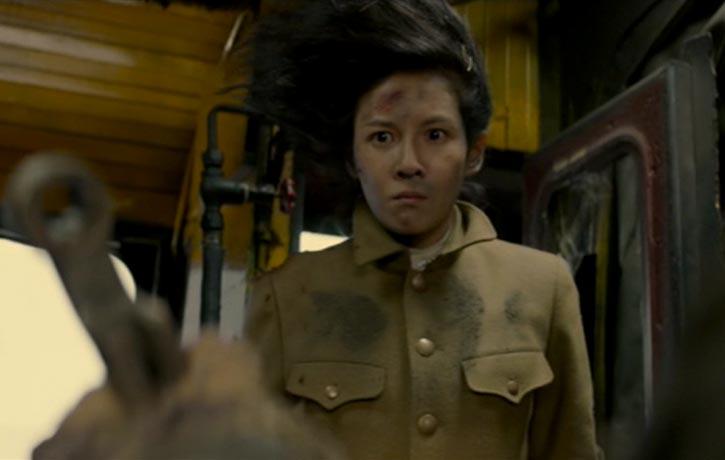 Zhang Lanxin plays a tough Japanese soldier