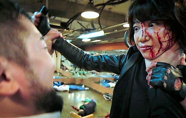Sook-hee finds herself choked