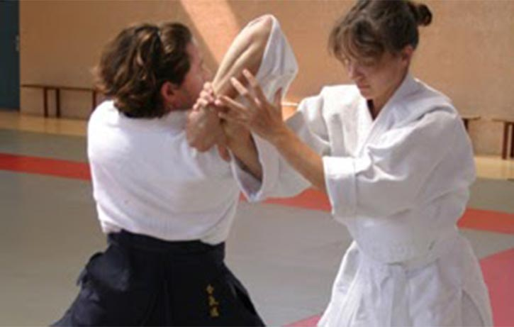 This student gets to grips with Shiho Nage 4 directional throw