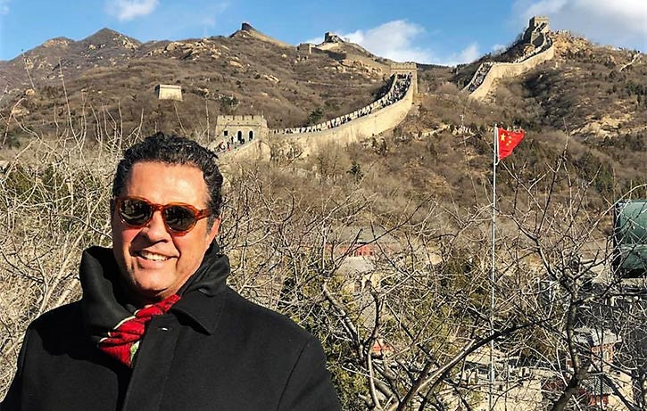 Dimitri pays a visit to the Great Wall of China