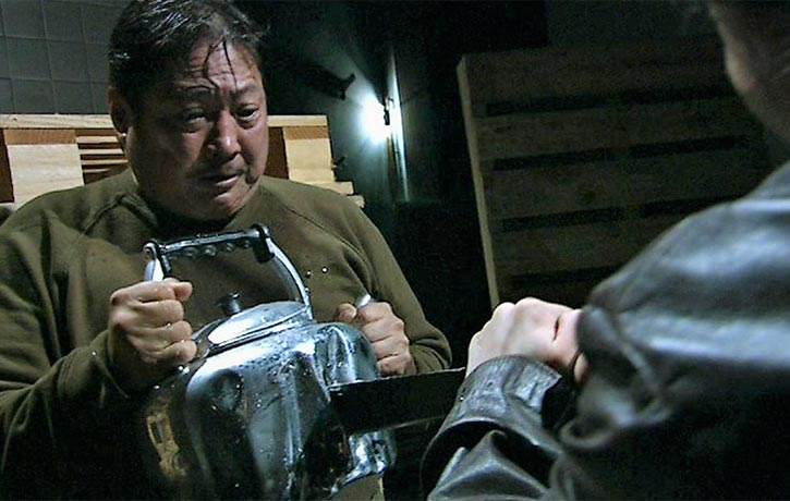 Sammo puts the kettle on
