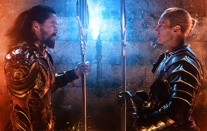 Arthur and Orm prepare to face off in the gladiatorial arena of Atlantis