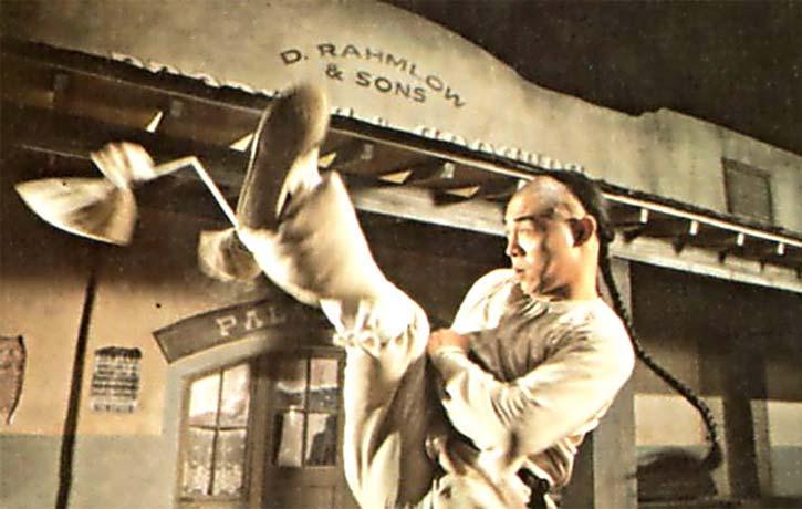 High Noon Kicking skills from Jet Li