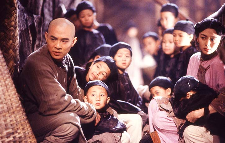 Wong Fei Hung and 13th Aunt must save the children