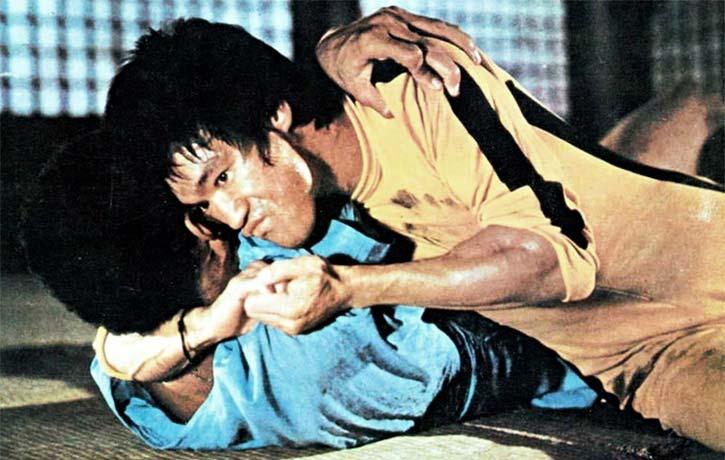 Hai Tien gets a grip on Hakim