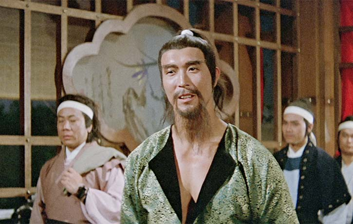 Lee Hoi Sang appears as the villain Pak Chung Tong