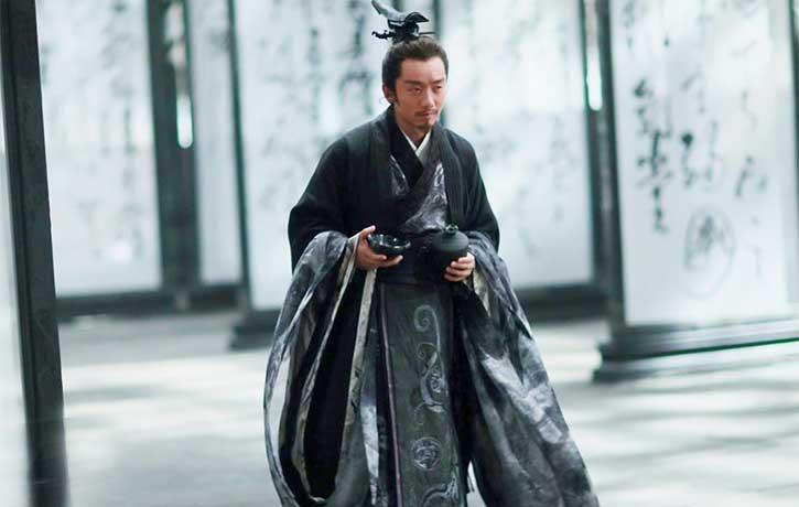 Ryan Zheng Kai stars as the unpredictable King Peiliang