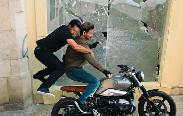 Khalid catches Kabir off guard