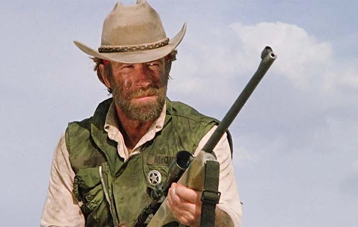 Texas Ranger McQuade takes on a gang of thieves