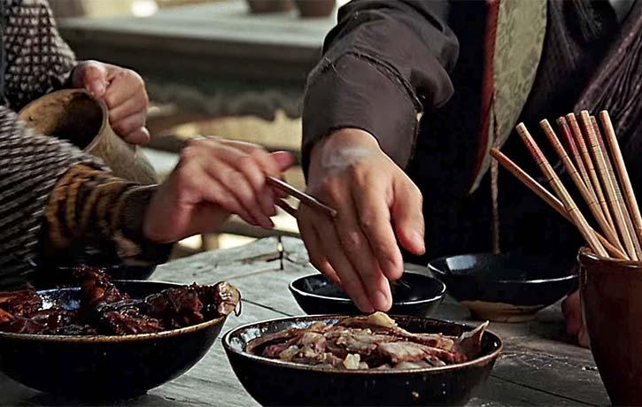 Dinner etiquette fu