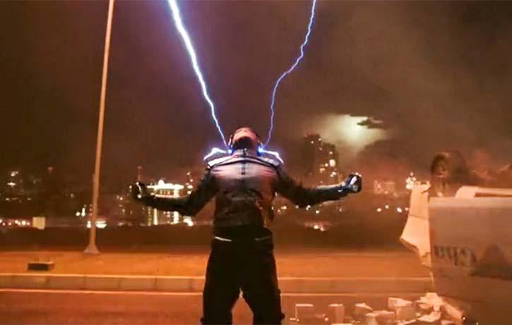Gundala channels lightning