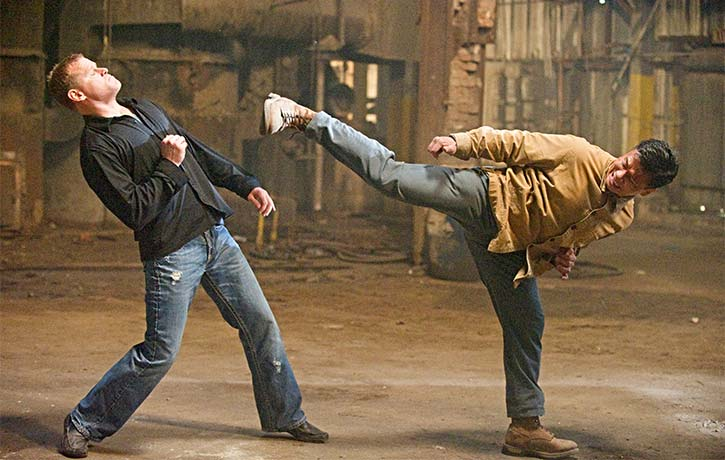 Cung Le fighting Scott Sheeley in Dragon Eyes