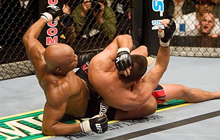 Anderson Silva vs Dan Henderson