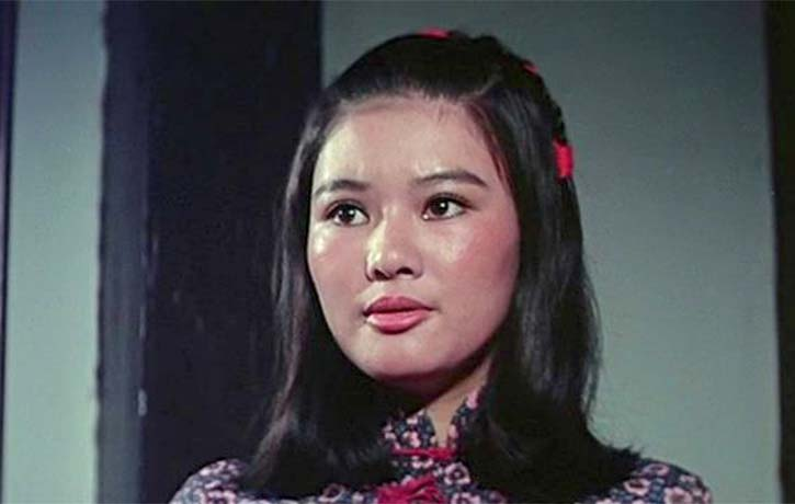 Doris Lung Chun Erh plays a high kicking waitress