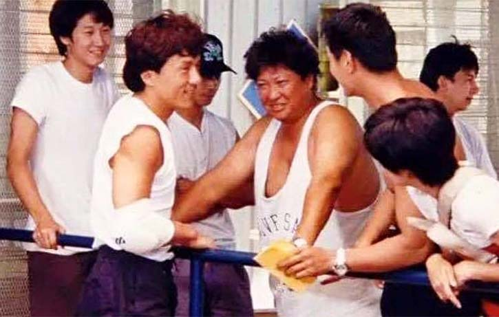 Action Director Sammo Hung on the set of Thunderbolt