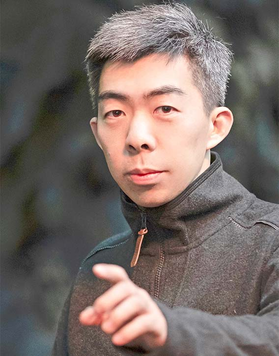 Lu Yang orchestrates the next scene