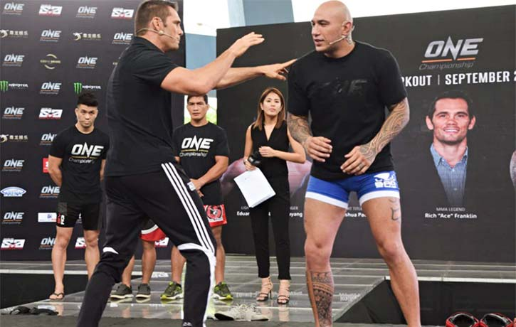 Brandon Vera with Rich Franklin at a One Championship open workout