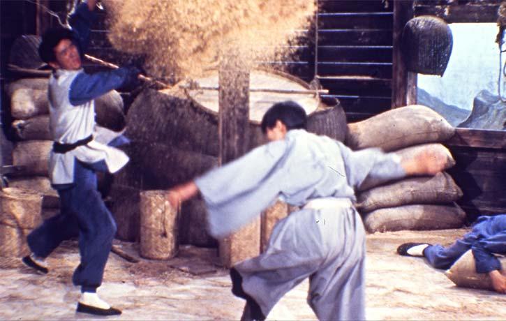 An extended battle in a grain mill