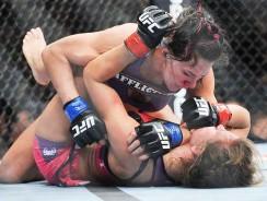 """Cat """"Alpha"""" Zingano: Top 5 MMA Finishes"""